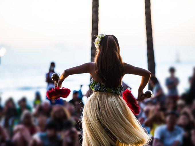 ハワイ,ワイキキビーチ,フラダンス