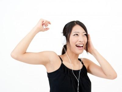 音楽を聴きながらエクササイズ