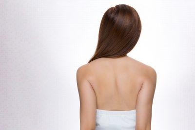 肩甲骨を寄せるストレッチ