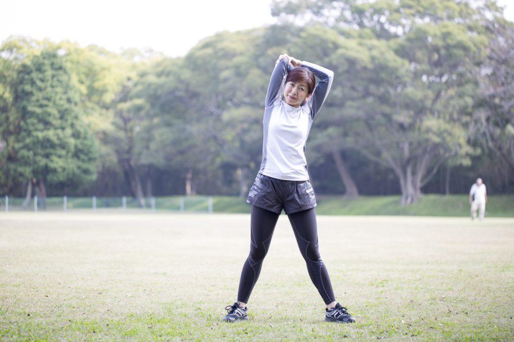 スポーツする50歳の女性