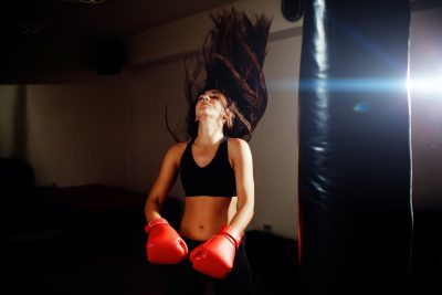 ボクシングでストレスが発散される様子