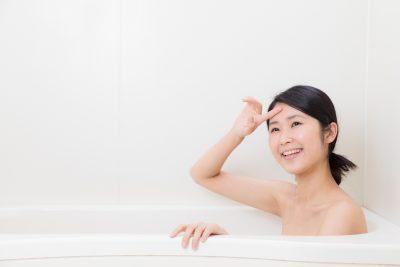 半身浴で汗をかく様子