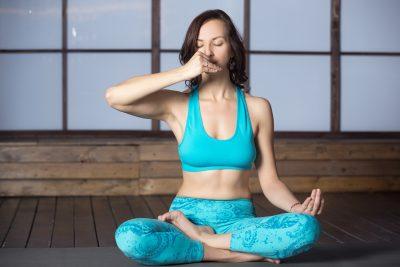 ヨガ 呼吸法 腹式呼吸