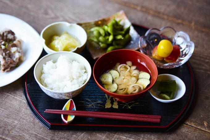 いつもの食事に枝豆を取り入れた和食