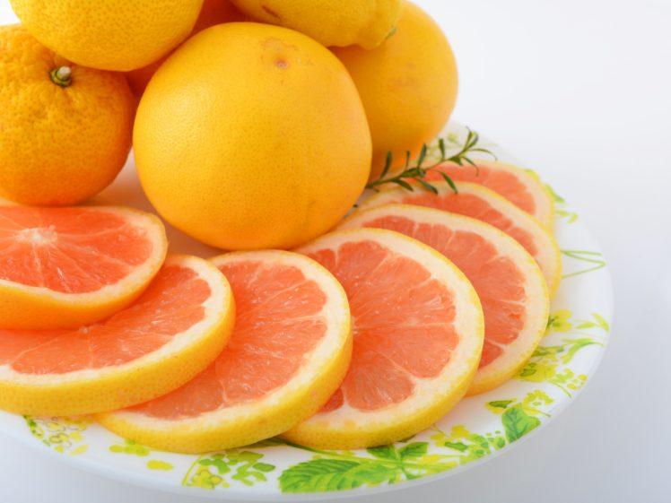 新鮮なグレープフルーツ