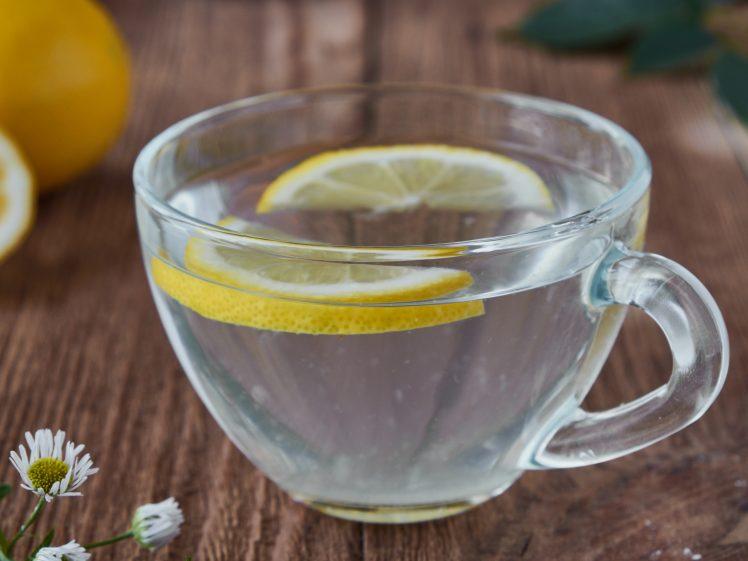 ホットレモン水